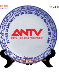 đĩa in logo, quà tặng gốm sứ, tranh đĩa gốm bát tràng, đĩa sứ bát tràng, đĩa vẽ cảnh trên gốm sứ
