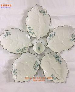 đĩa lá gốm bát tràng, đĩa lá gân vẽ sen, đĩa cánh hoa, đĩa lá men kem, bát đĩa gốm bát tràng, đĩa vẽ sen, bộ đĩa lá