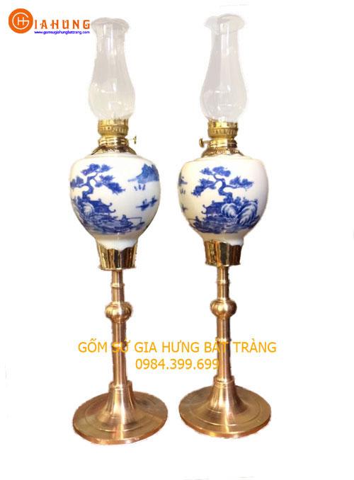 den dau chan dong, den dau gom su, den dau tho, đèn dầu bọc đồng, đèn dầu gốm bát tràng, đèn dầu hoa văn khắc nổi, đèn dầu khắc nổi hoa văn