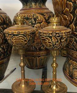 đèn dầu thờ, đèn dầu gốm bát tràng, đèn dầu bọc đồng, đèn dầu khắc nổi hoa văn, đèn dầu hoa văn khắc nổi