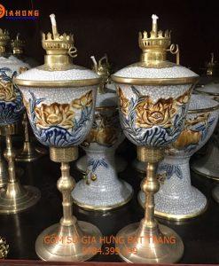 den dau tho, đèn dầu bọc đồng, đèn dầu gốm bát tràng, đèn dầu hoa văn khắc nổi, đèn dầu thờ chân đồng, đèn thờ gốm bát tràng